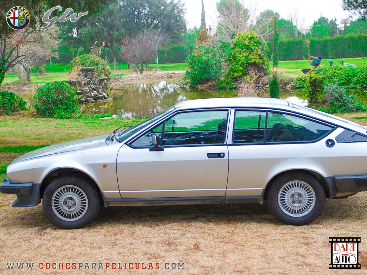 Alfa Romeo GTV para películas lateral
