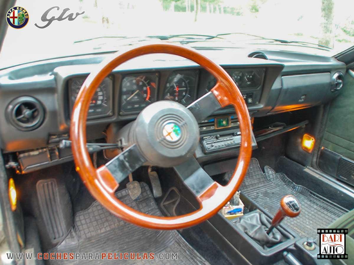 Alfa Romeo GTV para películas interior