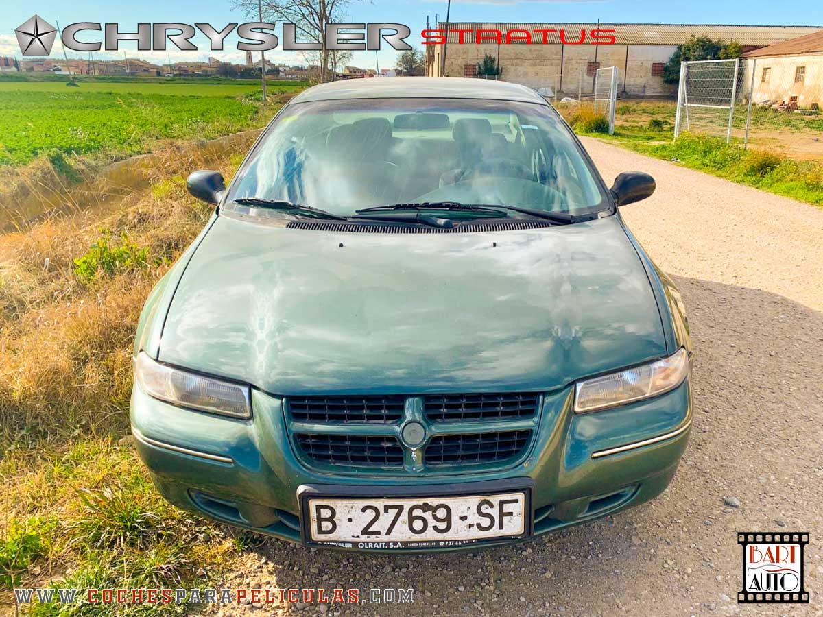 Alquiler de coches de escena Chrysler Stratus frontal