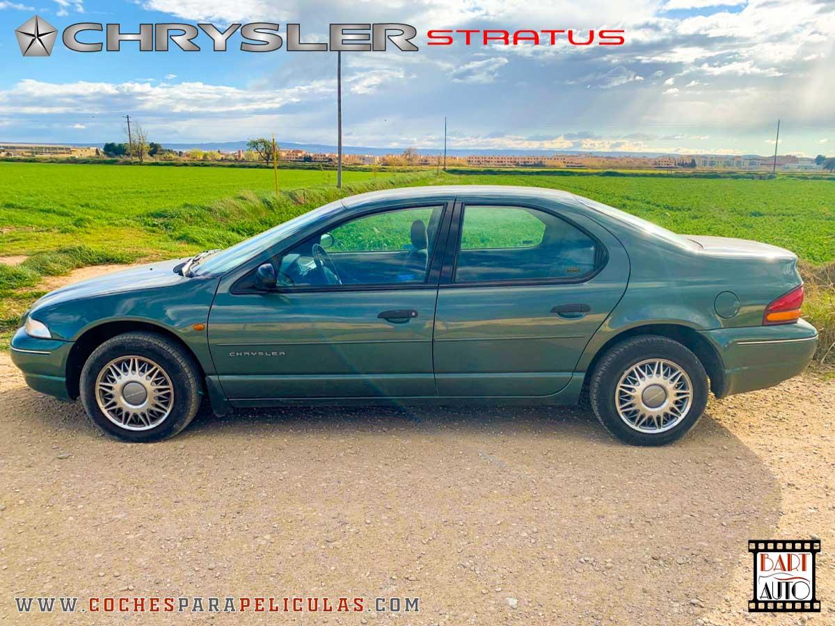 Alquiler de coches de escena Chrysler Stratus lateral