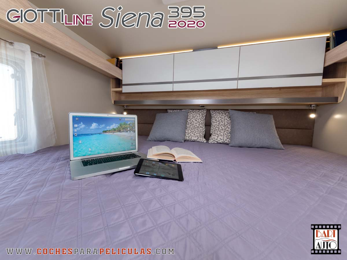 Autocaravana para rodajes Giottiline Siena 395 2020 dormitorio