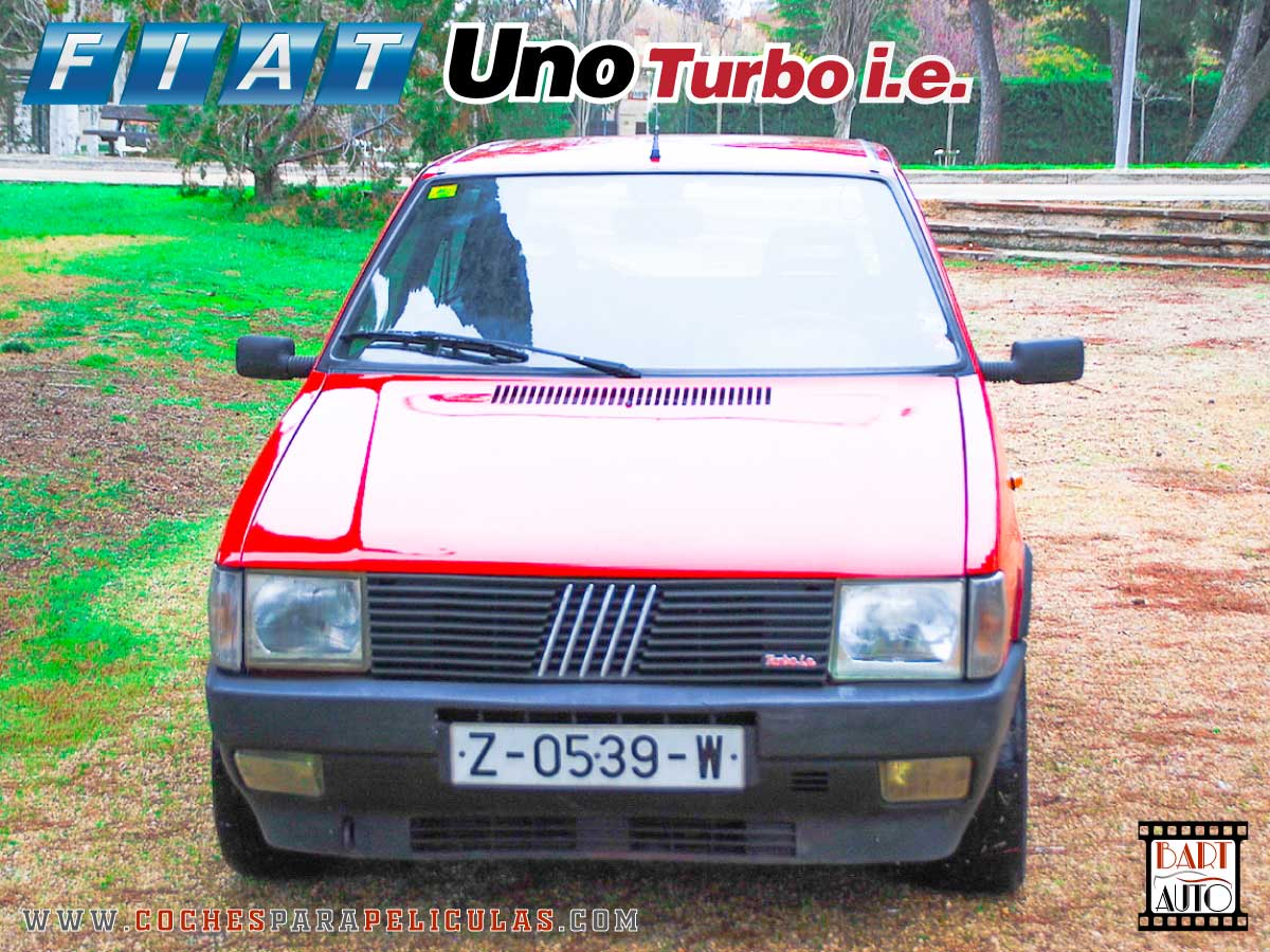 Fiat Uno Turbo para películas frontal