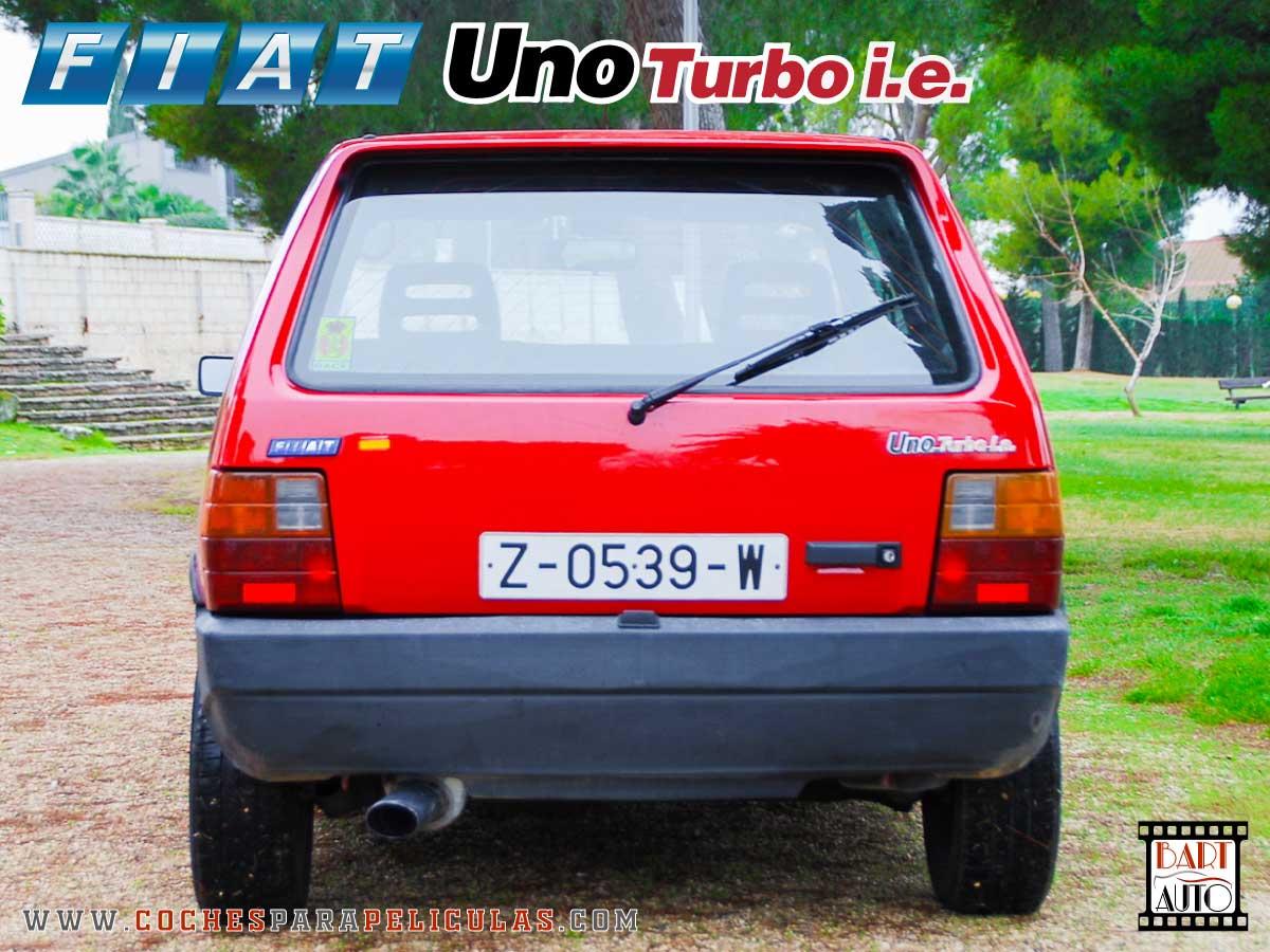 Fiat Uno Turbo para películas trasera